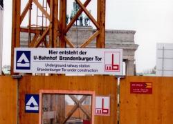 Brandenburgertor_ubahn_b1